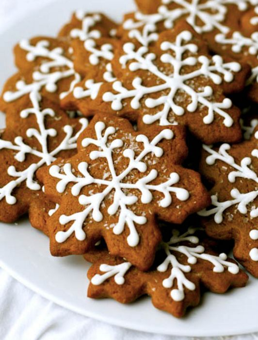 """<strong>Get the <a href=""""http://www.annies-eats.com/2009/12/16/gingerbread-cookies/"""">Gingerbread Cookies recipe</a> from Anni"""
