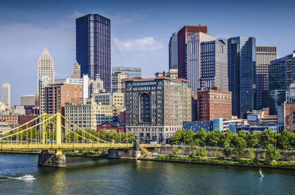 "The <a href=""http://www.huffingtonpost.com/andrea-poe/pittsburgh-the-coolest-american-city-you-havent-been-to_b_6424518.html"""