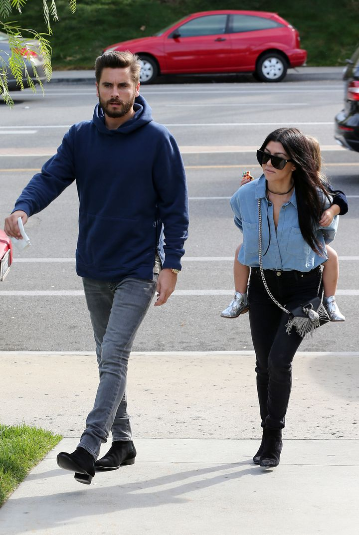 b732532f51c0 Kourtney Kardashian And Scott Disick Spotted Out At Lunch Together ...