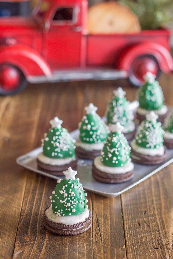 Christmas Snacks.4 Adorable Ways Strawberries Make The Healthiest Christmas