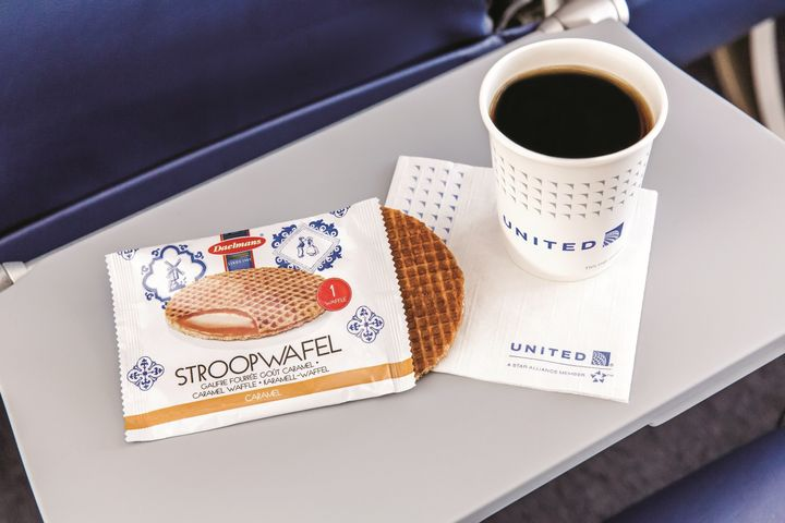 United Airlines Is Bringing Back Free Snacks And They Re