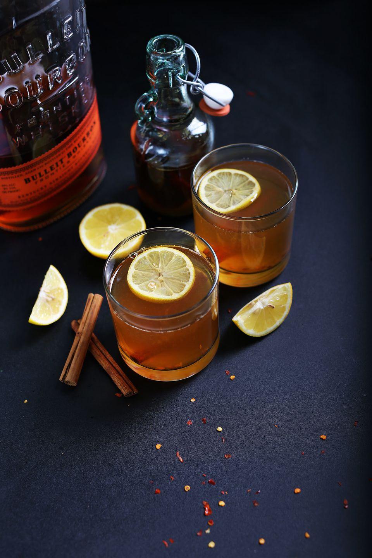 "<strong>Get the <a href=""http://minimalistbaker.com/chili-cinnamon-bourbon-hot-toddy/?utm_source=feedburner&utm_medium=fe"