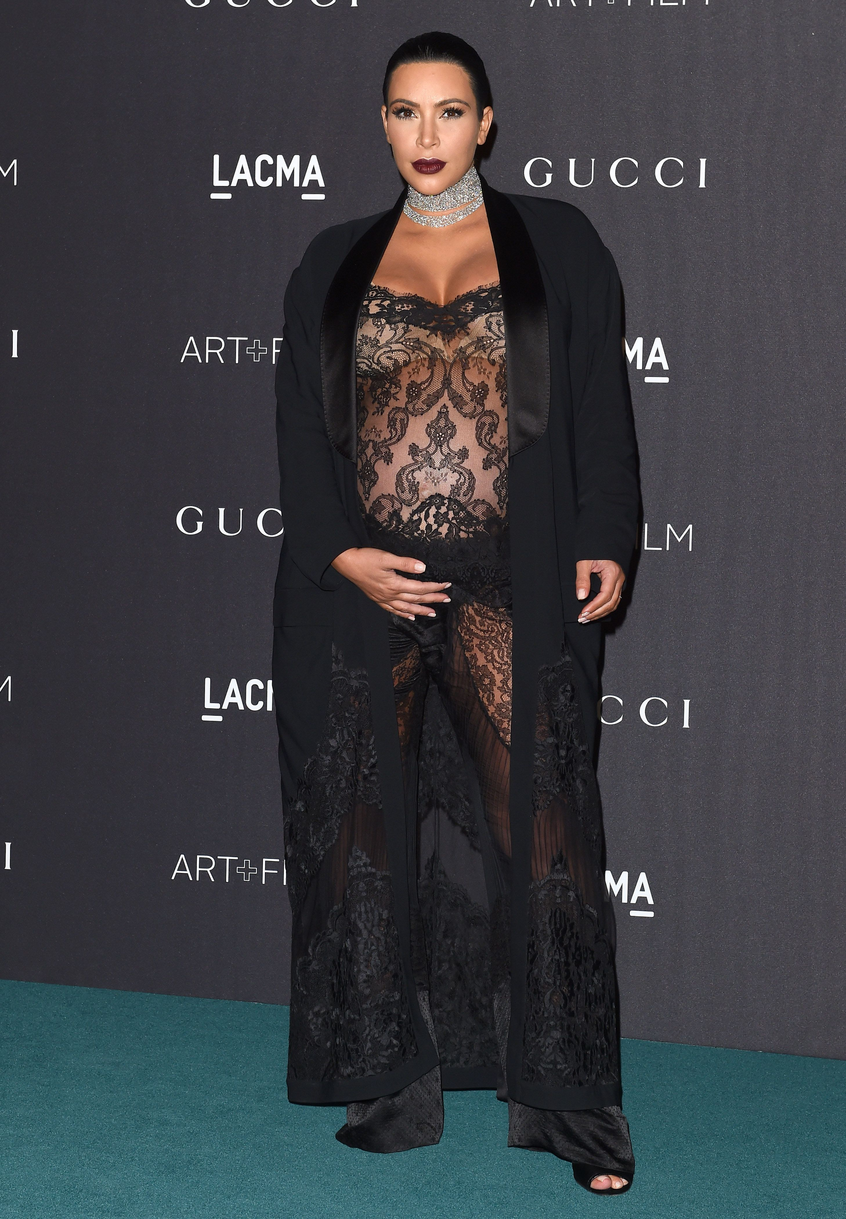 LOS ANGELES, CA - NOVEMBER 07:  TV personality Kim Kardashian West arrives at the LACMA 2015 Art+Film Gala Honoring James Turrell And Alejandro G Inarritu, Presented By Gucci at LACMA on November 7, 2015 in Los Angeles, California.  (Photo by Axelle/Bauer-Griffin/FilmMagic)