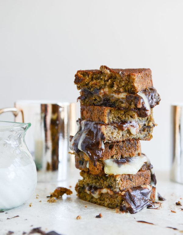 "<strong>Get the <a href=""http://www.howsweeteats.com/2014/03/banana-bread-brie-and-chocolate-grilled-cheese/"">Banana Bread Ch"