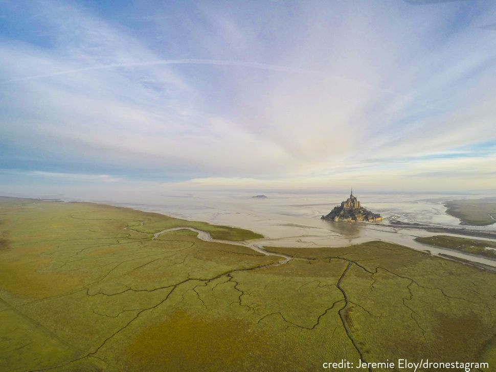 A supertide in Mont Saint-Michel.
