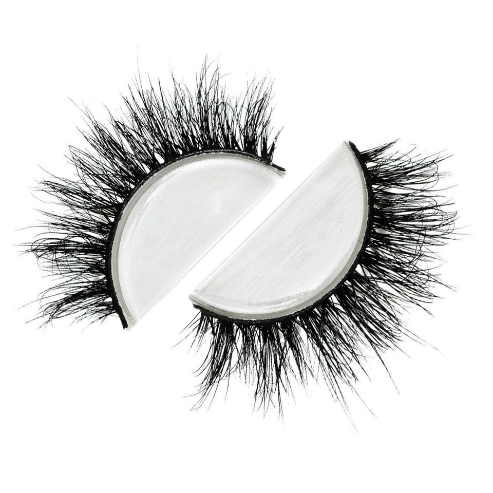 "Lilly Lashes in ""Miami,"" $29.99 at <a href=""http://lillylashes.com/collections/shop-all/products/miami"" target=""_blank"">Lilly"