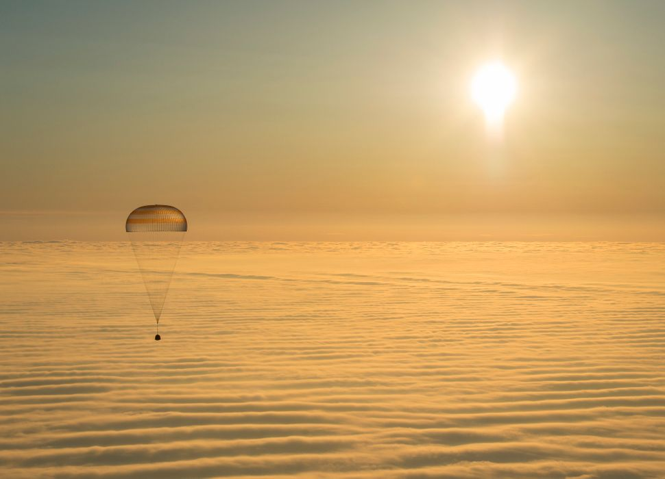 "The Russian Soyuz TMA-14M&nbsp;spacecraft lands near the town of&nbsp;Zhezkazgan, Kazakhstan, as it <a href=""http://www.nasas"
