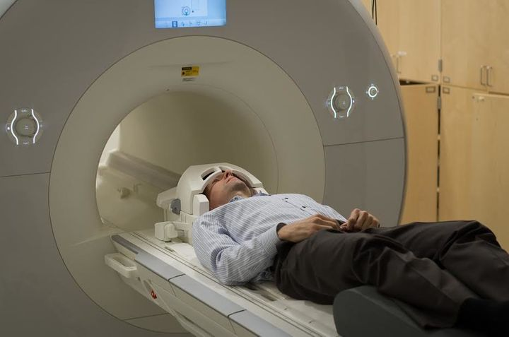 Poldrack goes in for his morning brain scan.