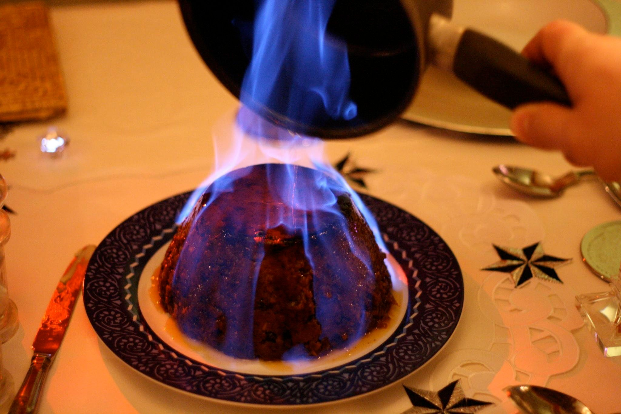 Christmas pudding alcohol fire