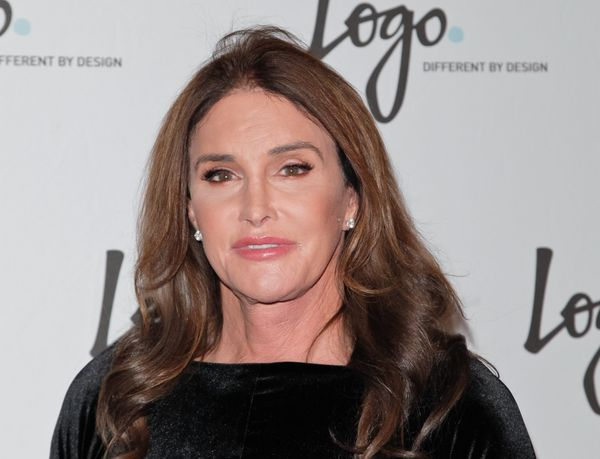 "Caitlyn Jenner <a href=""http://www.huffingtonpost.com/2015/01/29/bruce-jenner-transgender_n_6570738.html"">came out as transge"