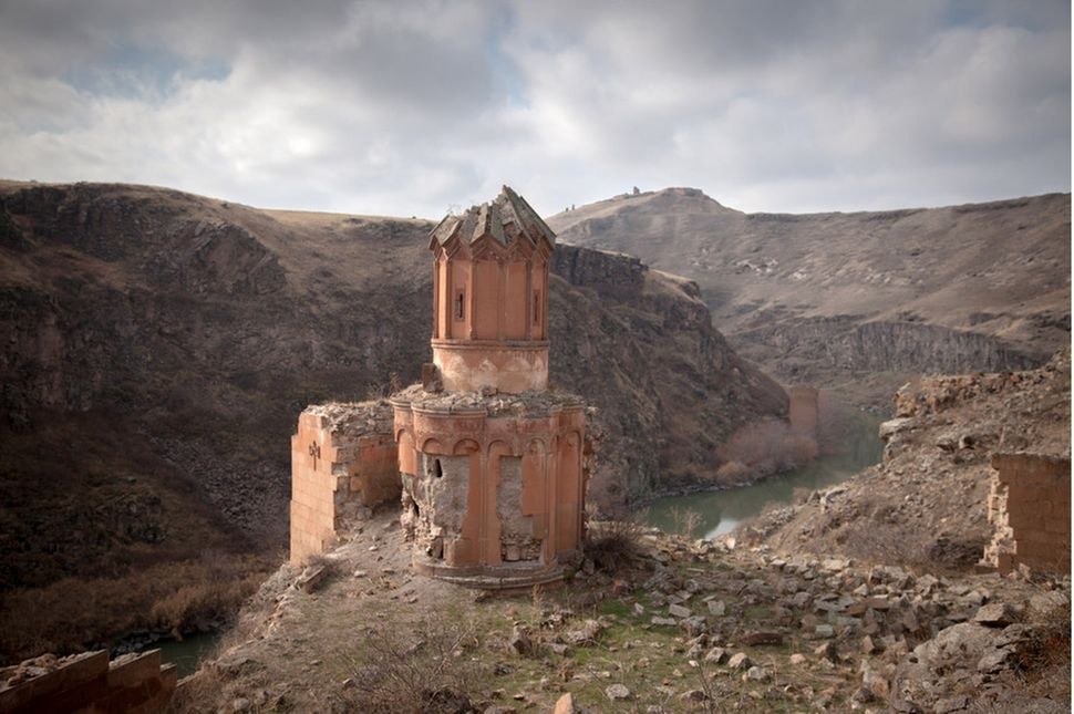 Yepraksia Gevorgyan still remembers the Akhurian River, which runs along the border between present-day Turkey and Armenia. (