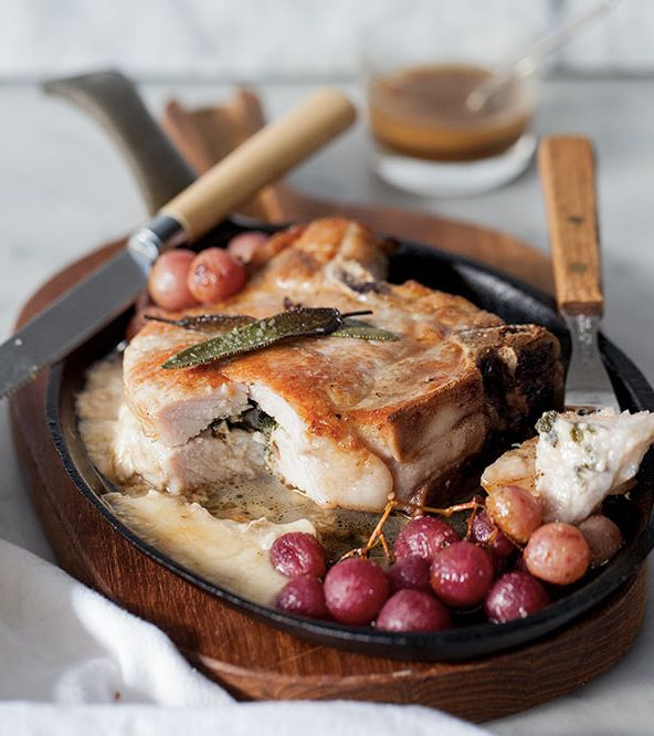 "<strong>Get the <a href=""http://www.foodiecrush.com/2012/11/stuffed-pork-chops-with-roasted-grapes/"" target=""_blank"">Stuffed"