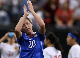 Watch Abby Wambach Say Goodbye To Soccer In Emotional Final Game