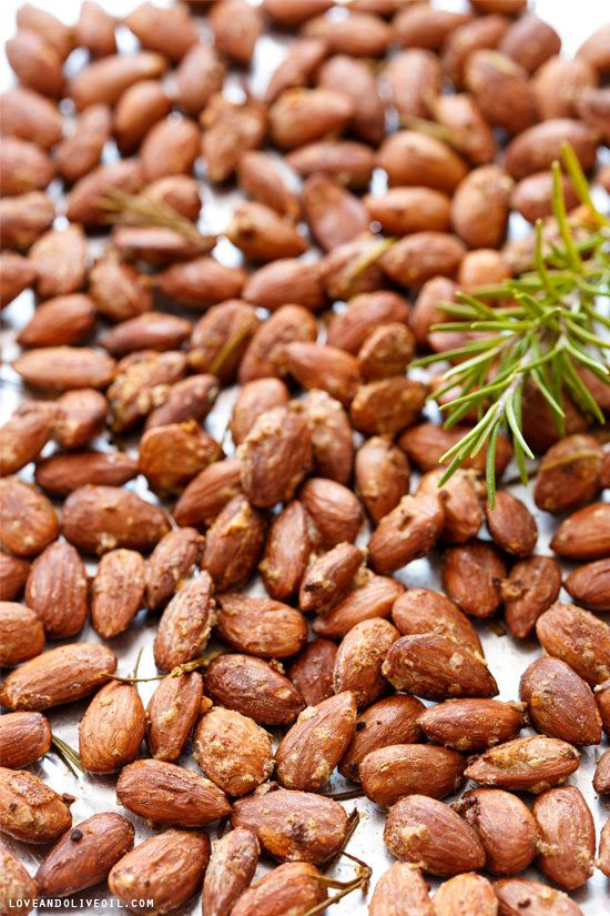 "<strong>Get the <a href=""http://www.loveandoliveoil.com/2013/11/rosemary-and-smoked-salt-roasted-almonds.html"">Rosemary and S"