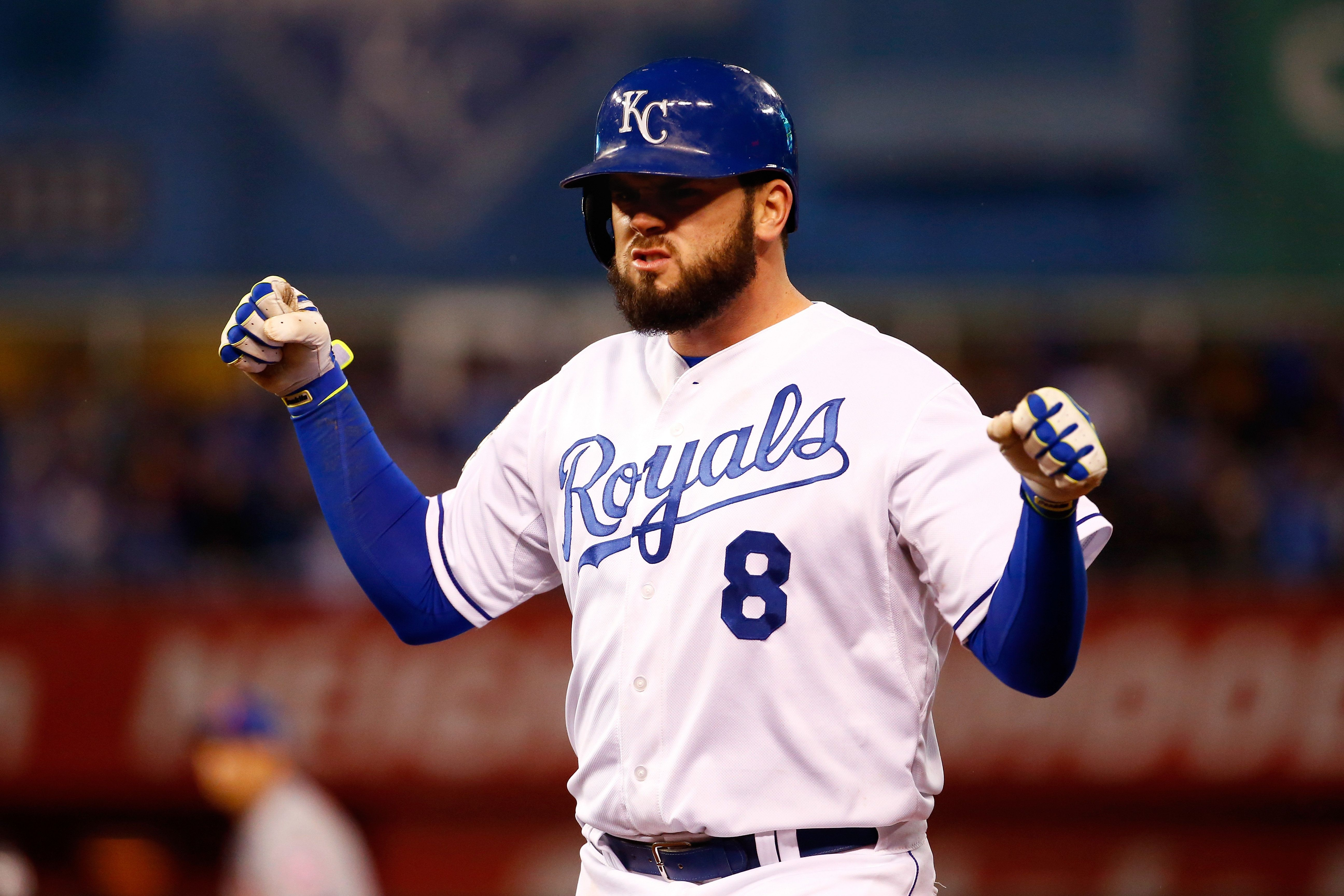 KANSAS CITY, MO - OCTOBER 28:  Mike Moustakas #8 of the Kansas City Royals celebrates after hitting an RBI single to score Eric Hosmer #35 of the Kansas City Royals (not pictured) in the fifth inning against the New York Mets in Game Two of the 2015 World Series at Kauffman Stadium on October 28, 2015 in Kansas City, Missouri.  (Photo by Jamie Squire/Getty Images)