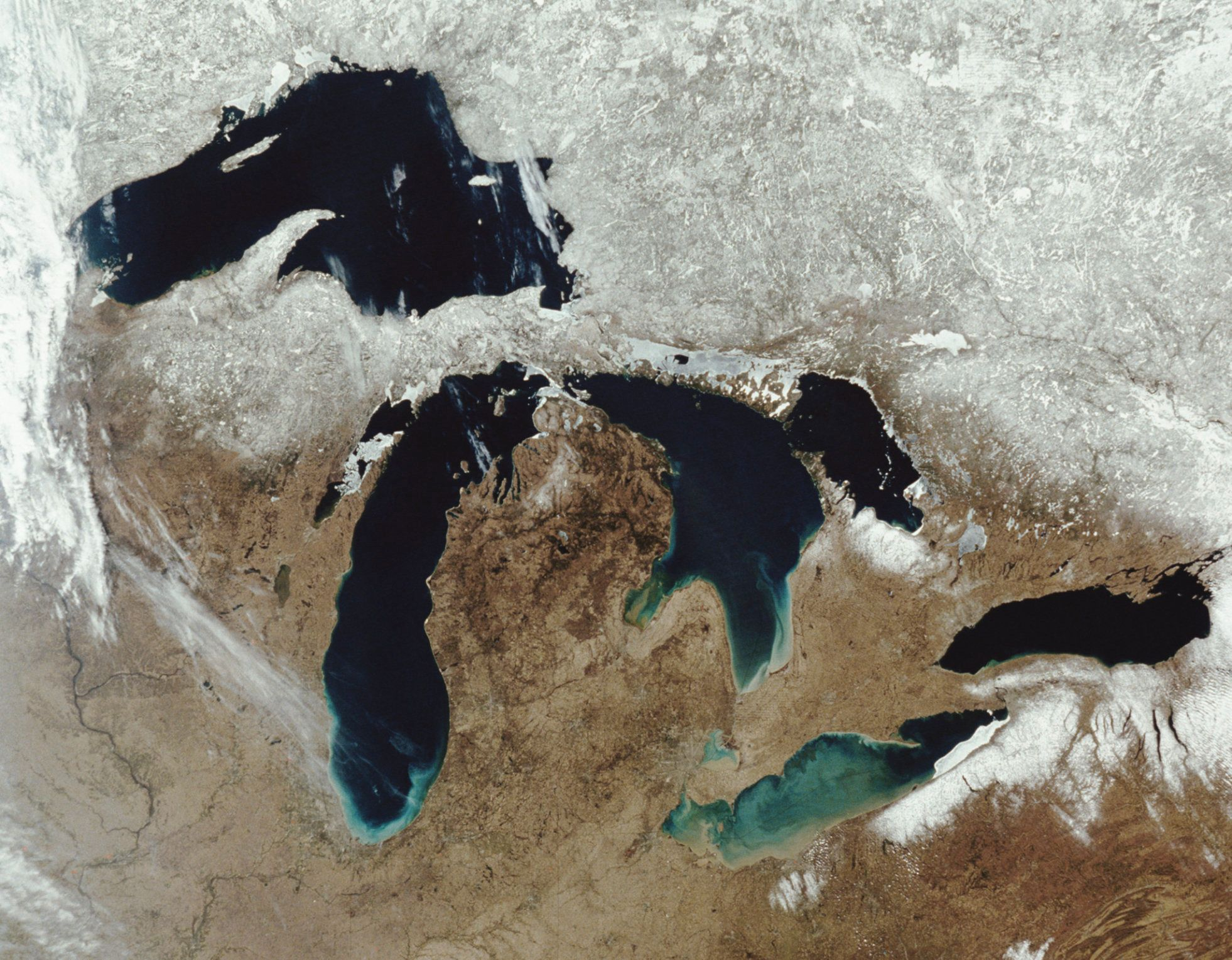 The Five Great Lakes: Lake Superior, Lake Michigan, Lake Huron, Lake Erie and Lake Onatario. Taken by The Moderate Resolution Imaging Spectroradiometer (MODIS) aboard NASA's Aqua satellite, april 5th, 2004.