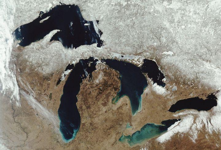 Image of the five great lakes --Lake Superior, Lake Michigan, Lake Huron, Lake Erie and Lake Onatario -- taken by