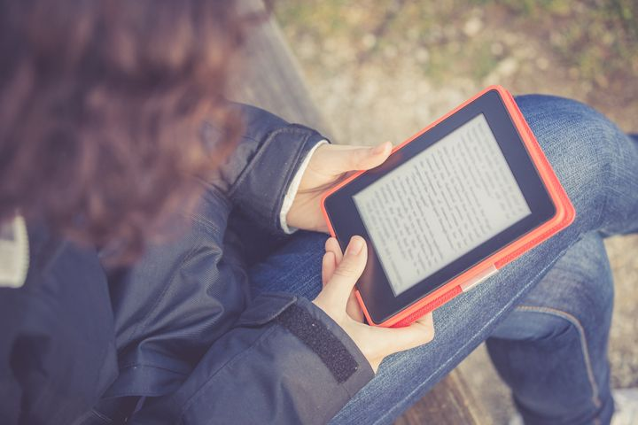 New App Lets Readers Turn Their Print Books Into EBooks | HuffPost