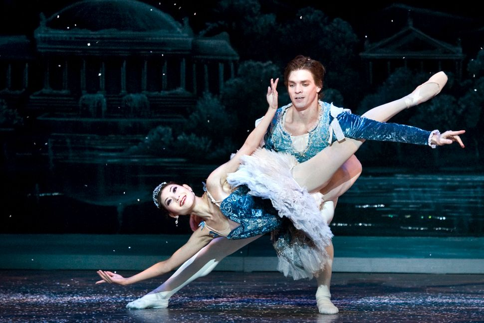 "Snow King Jonathan Jordan and Snow Queen Maki Onuki perform during ""The Snow Scene"" with the Washington Ballet in 2010."