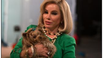 DF-15520 – Melissa Rivers portrays her mother Joan Rivers.