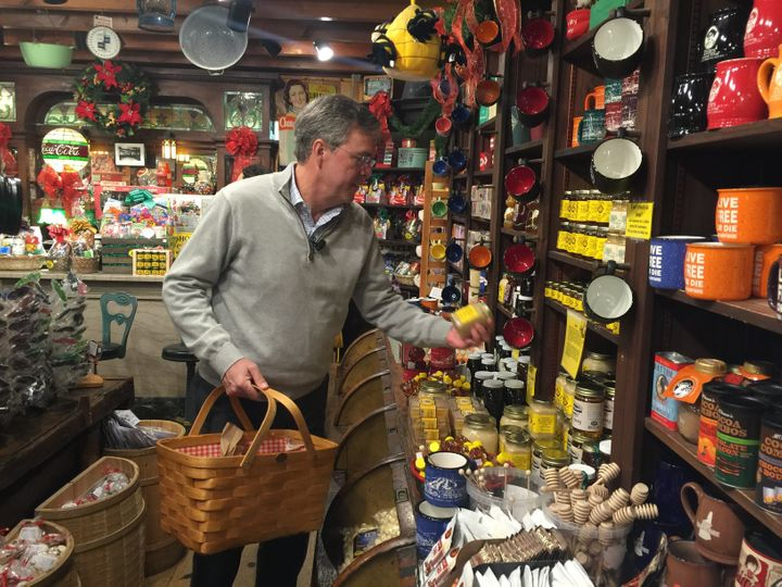 Presidential candidate Jeb Bush shops at Zeb's General Store in North Conway, New Hampshire. He thinkshis mom will like
