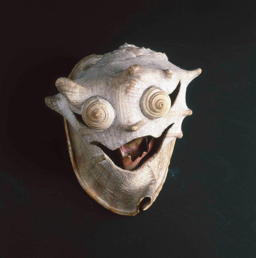 Pascal-Desir Maisoneuve, Le diable (The Devil), c. 1927-1928, Bordeaux, France, shells, Collection de l'Art Brut, Lausanne, S