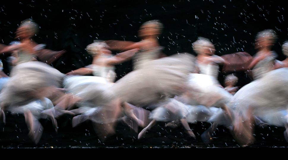 "Members of the Corps de Ballet of the Royal Ballet dance as snowflakes in ""The Land of the Snow"" scene in 2005."