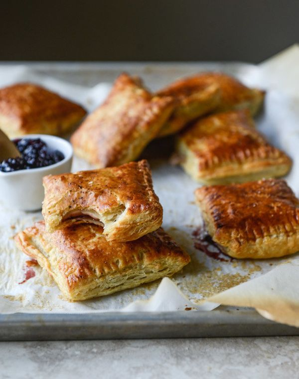 "<strong>Get the <a href=""http://www.howsweeteats.com/2015/05/smoked-cheddar-and-cherry-jam-pastry-pop-tarts/"">Smoked Cheddar"