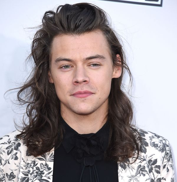 did harry styles cut his hair 10 much needed reminders that harry styles did not cut his 2976