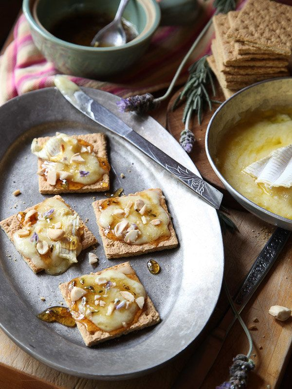 "<strong>Get the <a href=""http://www.foodiecrush.com/baked-brie-graham-cracker-crostini-with-lavender-honey/"">Baked Brie Graha"
