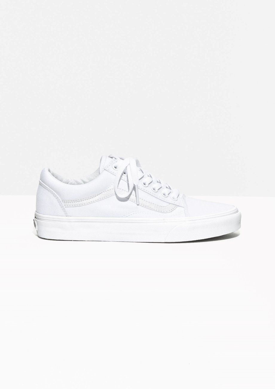 Conveniente Propriamente fatto  10 White Sneakers To Buy If You Love Adidas Stan Smith Shoes | HuffPost Life