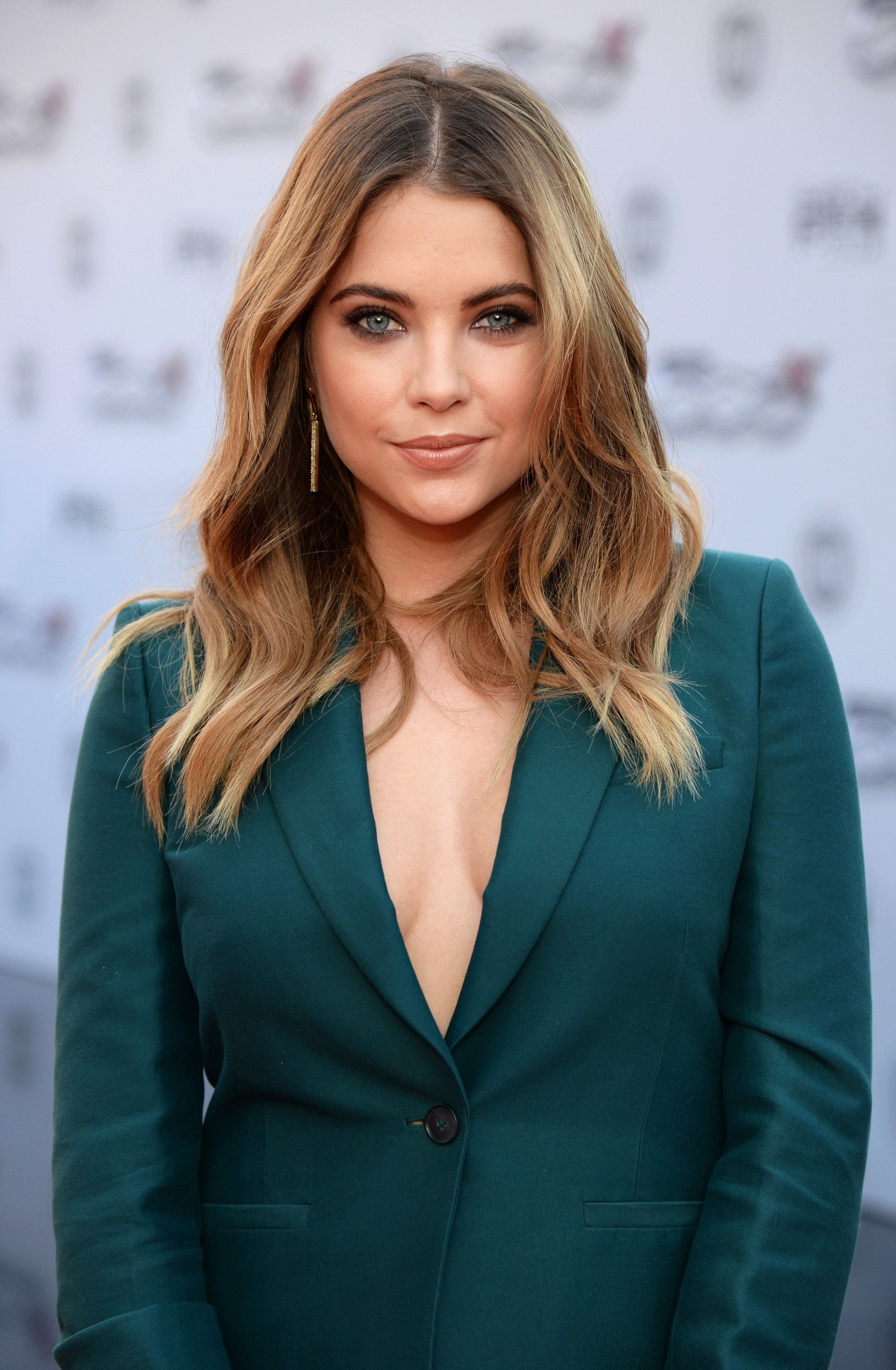 LOS ANGELES, CA - NOVEMBER 22:  Actress Ashley Benson attends the 2015 American Music Awards red carpet arrivals sponsored by FIAT 500X at LA Live on November 22, 2015 in Los Angeles, California.  (Photo by Michael Kovac/AMA2015/Getty Images for FIAT)