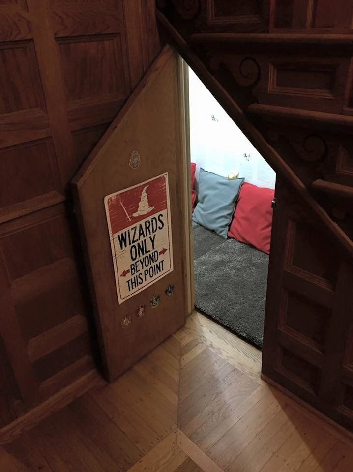 One Mom Created A Magic Harry Potter Cupboard Under The Stairs