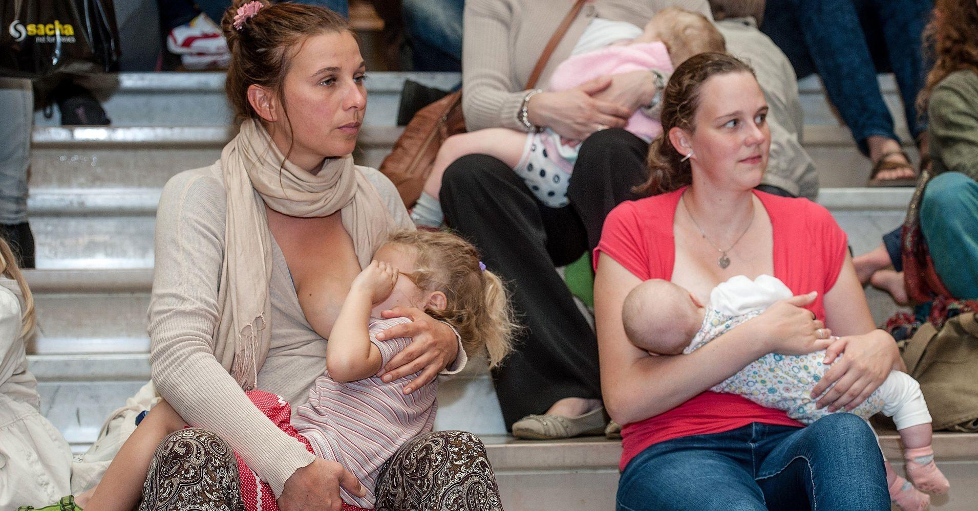 Amateur breastfeeding xxx