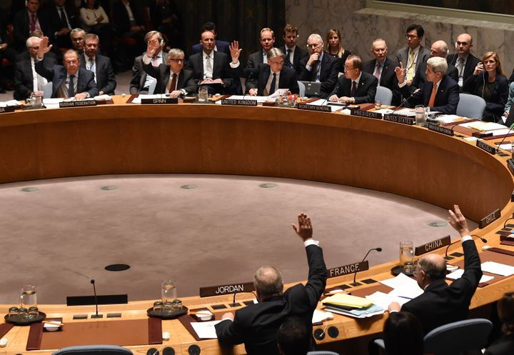 A team of U.N. sanctions monitors said in a confidential report seen by Reuters that a medium-range Emad rocket that Iran tes
