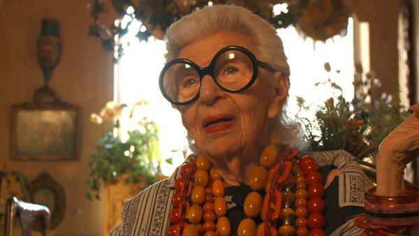 Fashion icon Iris Apfel is in her mid-90s, but she still treats every day like a catwalk. In the hands of famed document