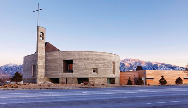 (Religious Architecture, New Facilities)<br>Sparano + Mooney Architecture