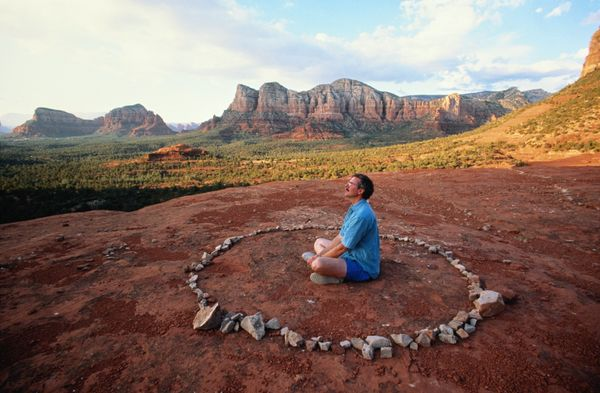 "Sedona's landscape is striking in and of itself, but&nbsp;practitioners of New&nbsp;Age spirituality <a href=""http://www.nyti"