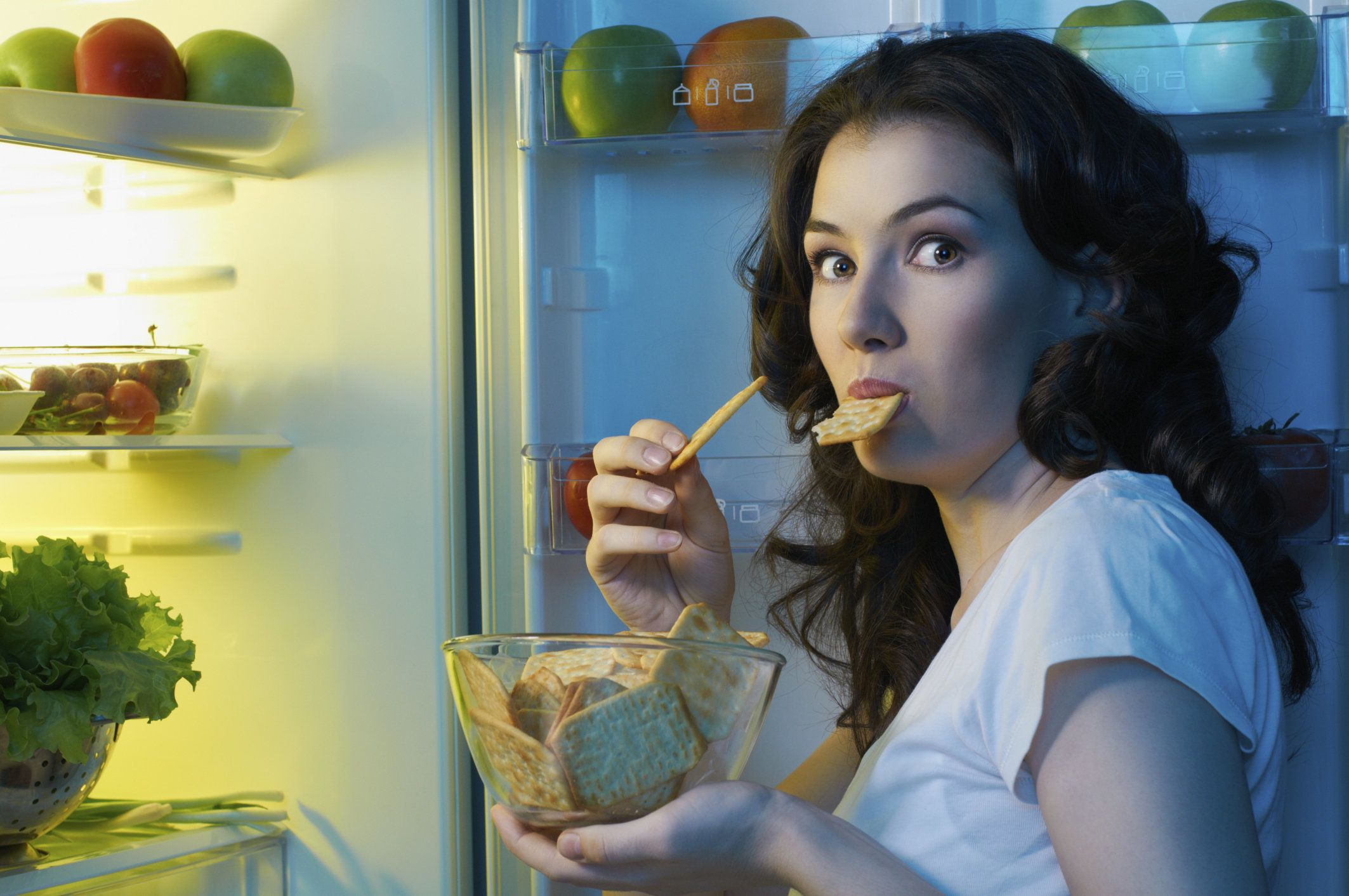 Eating at the wrong time can impair learning and memory, a new study suggests.