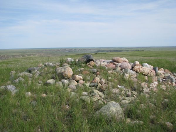 "Medicine wheels are stone circles or ""<a href=""http://www.atlasobscura.com/articles/the-medicine-wheels-of-north-america"">sac"