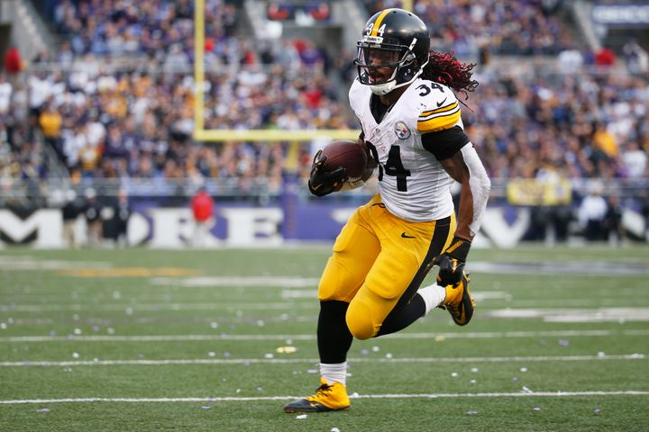 Veteran running back DeAngelo Williams has been a pleasant surprise for the Steelers. The 32-year-old has totaled over 900 ya