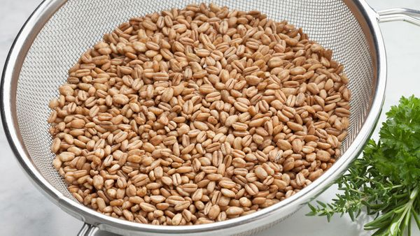 """<strong>The Fiber:</strong> 7 grams in a &frac14; cup, dry <br><br><strong>Try This:</strong> <a href=""""http://www.oprah.com/f"""