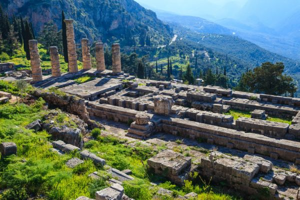 "The ancient Greeks <a href=""http://www.britannica.com/place/Delphi-ancient-city-Greece#ref240482"">believed</a> Delphi was the"