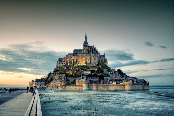 "<a href=""http://whc.unesco.org/en/list/80"">Mont-Saint-Michel </a>is a Benedictine abbey that was built between the 11th and 1"