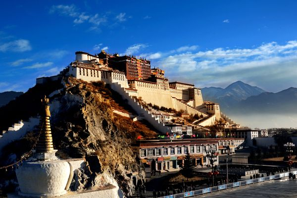 "Potala Palace has served as the <a href=""http://whc.unesco.org/en/list/707"">winter palace</a> of the Dalai Lama since the 7th"