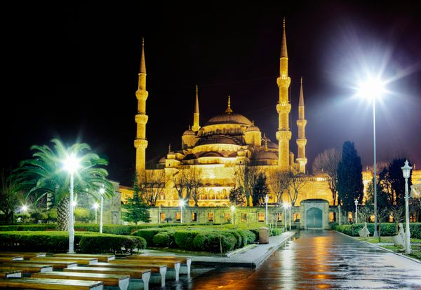 "This stunning mosque was built by the Ottoman sultan <a href=""http://www.britannica.com/topic/Blue-Mosque-Istanbul-Turkey"">Ah"
