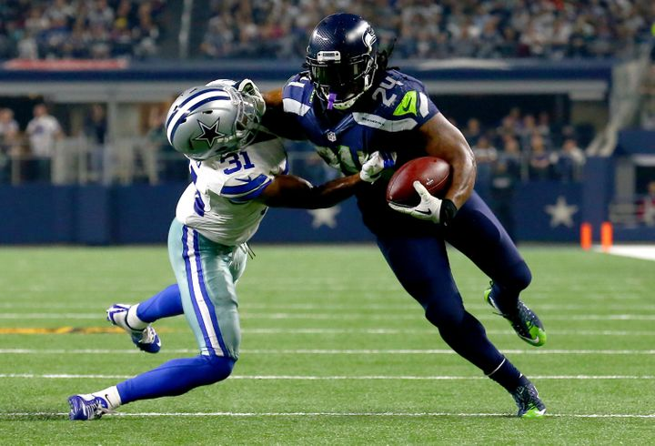 The return of a healthy Marshawn Lynch -- a two-time All-Pro -- will instantly impact the Seahawks offense.