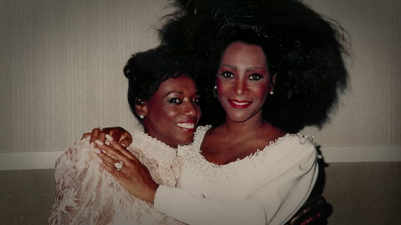 Patti LaBelle (right) was devastated when her sister Jackie passed away from lung cancer in 1989. The singer still gets emotional talking about the hours leading up to Jackie's death.