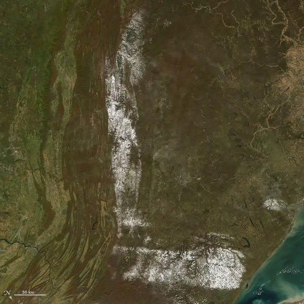 The letter L, as played by a satellite image of northeastern U.S. -- with snow (October 30, 2008).