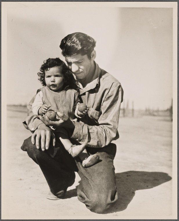 Migrants in California in 1936.